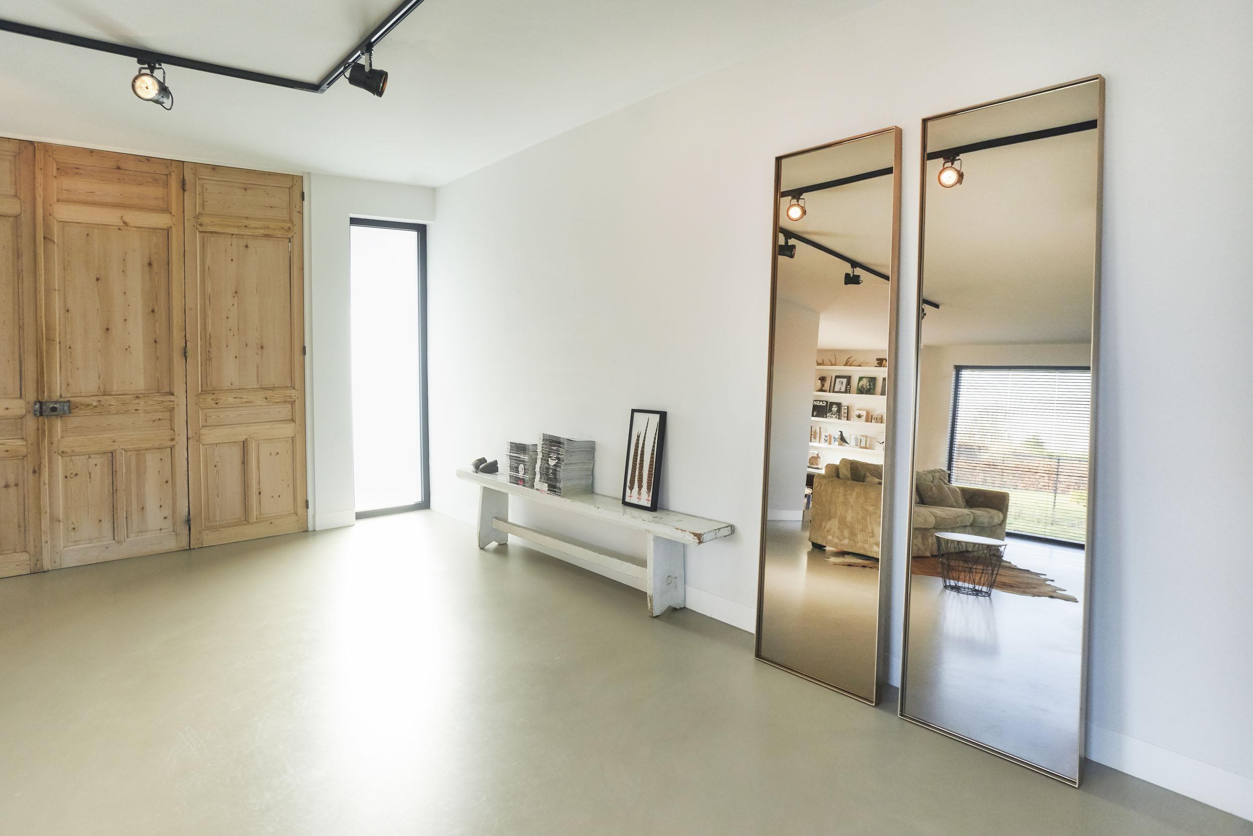 Spiegel Zwart Staal : Lookbook :: stalen spiegels de woontrend van 2018 :: atelier frontstaal