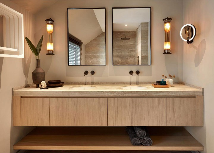 Exclusieve handgemaakte stalen spiegel zwart, helder glas