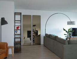 Frontstaal stalen spiegels zwart met gebronsd glas | Appartement Amsterdam
