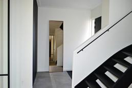Frontstaal XL stalen spiegel brons met gebronsd glas | Hal (villa Dordrecht)