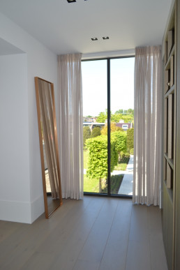 Frontstaal XL stalen spiegel brons | Piet Boon villa (Rhoon)