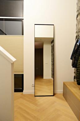 Frontstaal XL stalen spiegel zwart met helder glas | Hal (Venray)